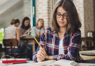 İzmir Üniversite Hazırlık Kursları